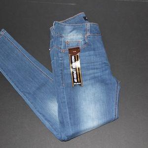 NWT encore jeans